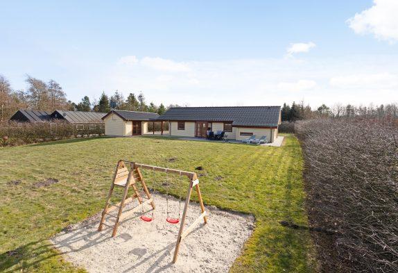 Familienfreundliches Ferienhaus im Grünen mit Sauna & Whirlpool