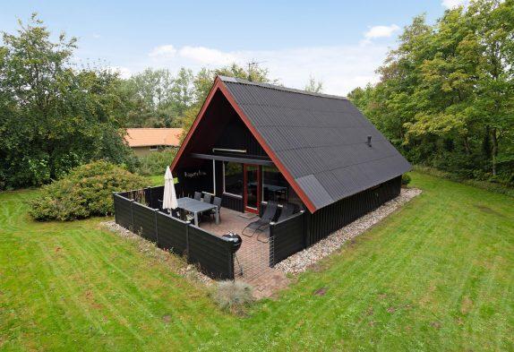 Kleines, romantisches Blockhaus mitten im Grünen inJegum