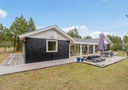 Gemütliches Ferienhaus mit Wintergarten und kleiner Aktivitätsraum. Kat. nr.:  30008, Sivvejen 20;