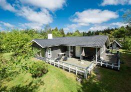Skønt feriehus til en afstressende ferie med sauna og brændeovn