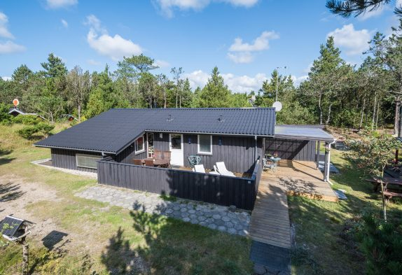 Schickes Nichtraucherhaus mit Sauna und geschlossener Terrasse