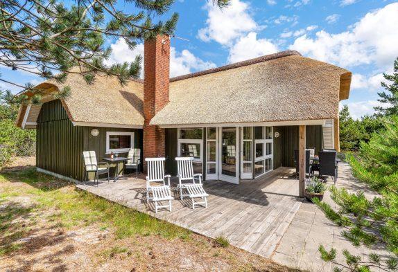 Schönes Reetdachhaus in toller Lage mit Sauna und Whirlpool