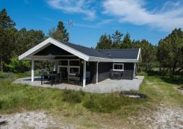 Klassisk sommerhusferie med spa og sauna på flot naturgrund