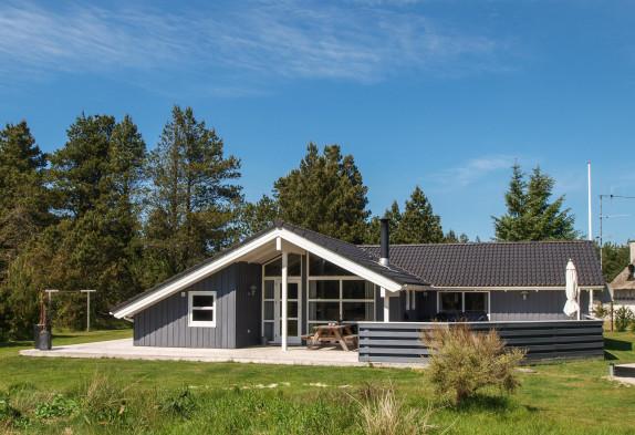 Flottes, Modernes Haus Mit Whirlpool, Sauna Und Platz Für Die Gesamte  Familie