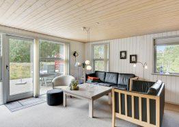 Perfekt beliggende sommerhus i Houstrups skov (billede 3)