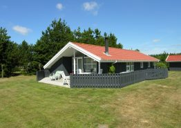 Gemütliches Holzhaus mit Sauna und großer Terrasse