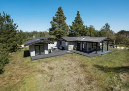 Persönlich eingerichtetes Ferienhaus mit eignener Feuerstelle. Kat. nr.:  30522, Søndervang 86