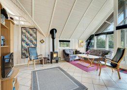 Schönes Holzferienhaus mit Sauna und Whirlpool und schöner Lage (Bild 3)