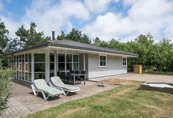 Modernes Ferienhaus mit Sauna und Whirlpool für die ganze Familie