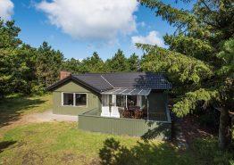 Lyst og venligt feriehus med spa, sauna og skøn beliggenhed. Kat. nr.:  40807, Sneppevej 7B;