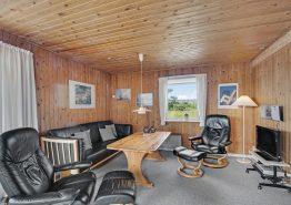 Hyggeligt og klassisk feriehus med sauna og brændeovn (billede 3)
