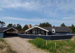Modernes Sommerhaus mit Whirlpool und Sauna in fantastischer Lage. Kat. nr.:  40824, Lyngbovej 6;
