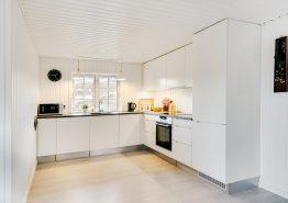 Neu modernisiertes Reetdachhaus mit Sauna (Bild 3)