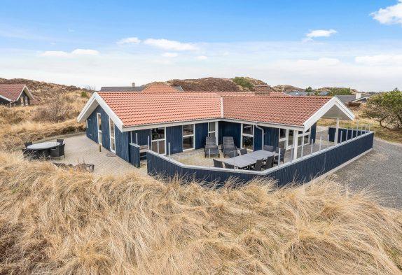 Stilvolles Aktivitätshaus mit Billard und Sauna in Henne Strand