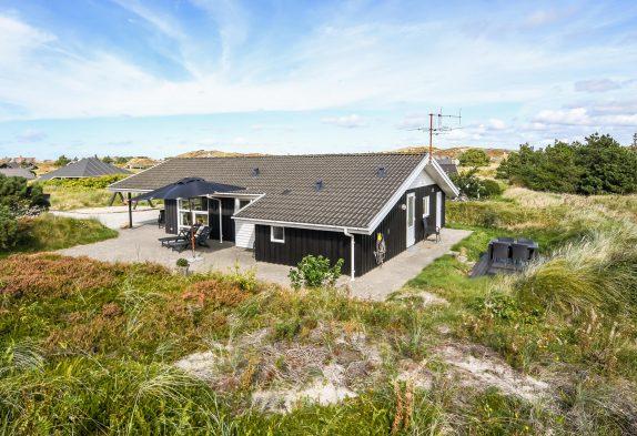 Familienfreundliches Ferienhaus mit Whirlpool auf herrlichem Dünengrundstück