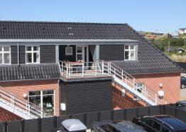 Lækker ferielejlighed med sauna og spa midt i Henne Strand. Kat. nr.:  40899, Strandvejen 456 C;