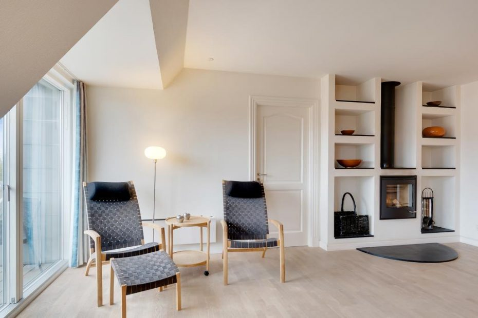 h bsche wohnung mit whirlpool und sauna mitten in henne strand esmark. Black Bedroom Furniture Sets. Home Design Ideas