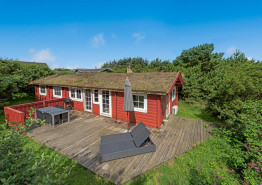 Gemütliches Holzferienhaus für 6 Personen auf ungestörtem Dünengrundstück. Kat. nr.:  40951, Blåbærvej 4;