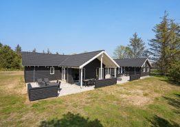 Super skønt luksus poolhus med wellness, aktivitetsrum og lækkert udeområde. Kat. nr.:  41701, Hennebysvej 25