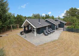Herrlich großes 4-Sterne-Ferienhaus mit Whirlpool und Sauna. Kat. nr.:  41837, Rådyrstien 18;