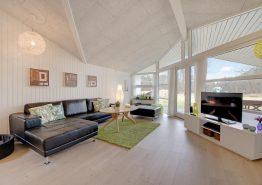 Fantastisches, geräumiges und total renoviertes Sommerhaus (Bild 3)