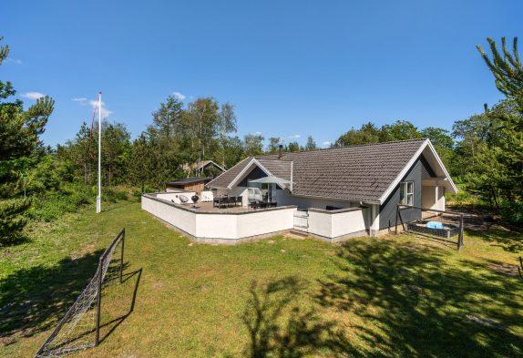 8-Personen-Aktivhaus mit 2 Bädern, Sauna und Whirlpool