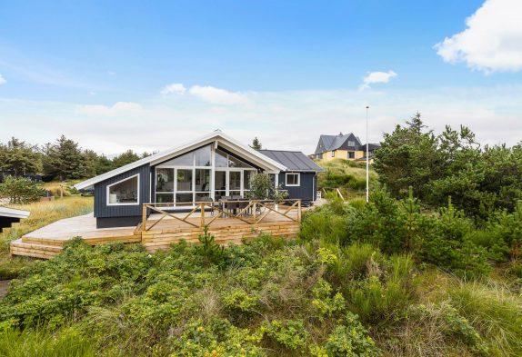 Strandnahes Ferienhaus mit Sauna in Vejers, 4 Personen und 1 Hund