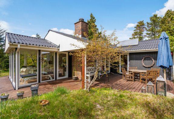 Schönes Ferienhaus mit tollem Naturgrundstück