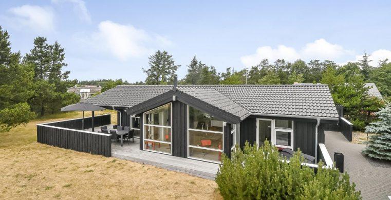 ferienhaus in vejers strand urlaub in ferienwohnung in. Black Bedroom Furniture Sets. Home Design Ideas