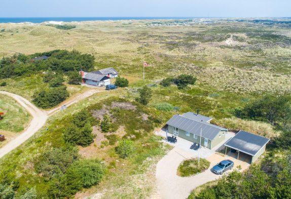 Schönes Ferienhaus in naturschöner Lage 500 Meter vom Strand
