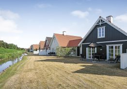 Lækkert feriehus i Blåvand med central og strandnær beliggenhed