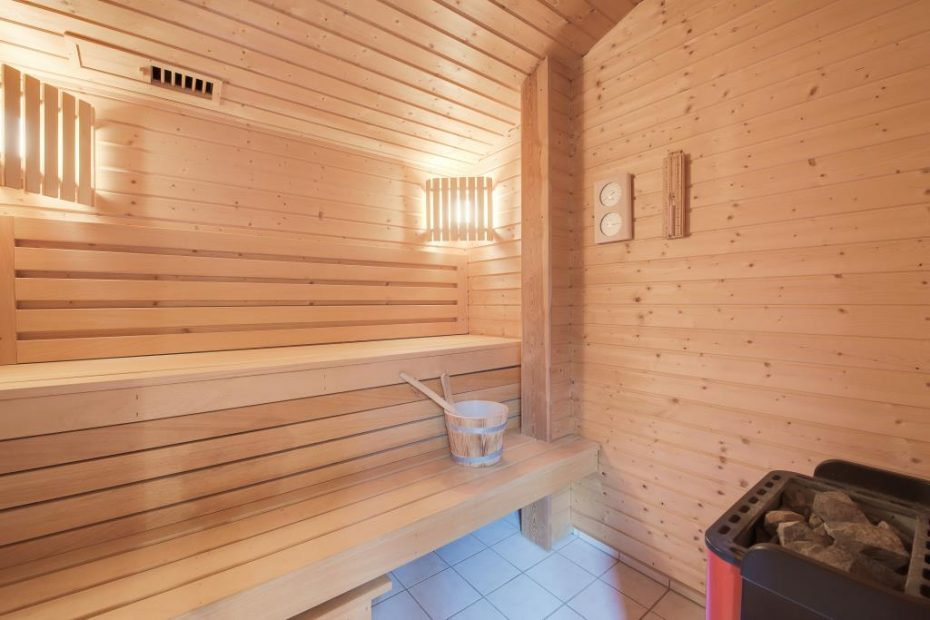 5 personen holzhaus mit sauna esmark. Black Bedroom Furniture Sets. Home Design Ideas