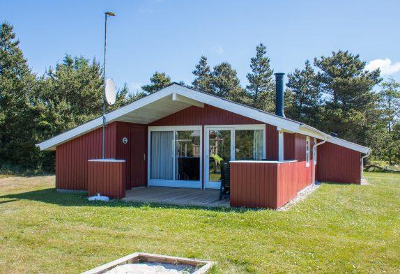 Kuscheliges Holzhaus, Whirlpool, Sauna – nur 400 m bis zum Strand