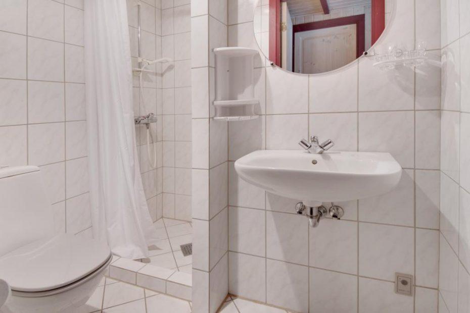 wellness haus mit sauna whirlpool und 2 b dern esmark. Black Bedroom Furniture Sets. Home Design Ideas
