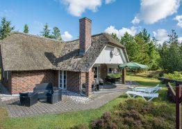 Wellness-sommerhus med sauna, spa og 2 badeværelser. Kat. nr.:  60024, Møllehusvej 56;