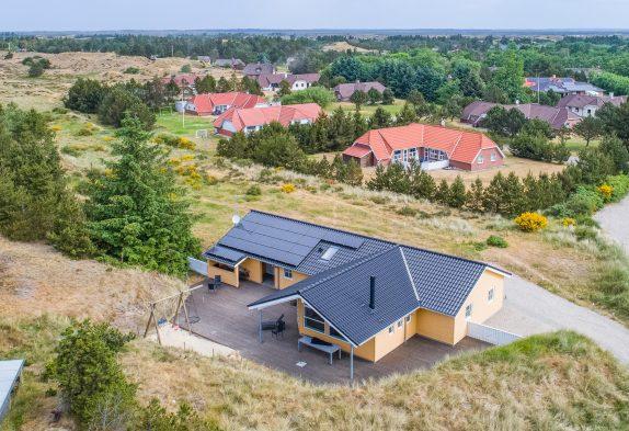 Zentral gelegenes Ferienhaus – Sauna und Whirlpool, 1 Hund