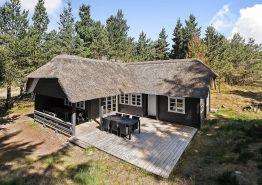 Charmantes, einfaches Holzhaus für 6 Personen