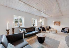 Luksuriøst feriehus med udendørs spabad og billard (billede 3)