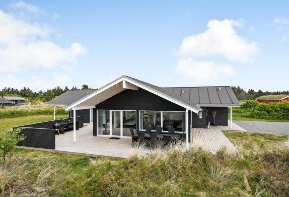 Lækker luksusferie i Blåvand med spa, sauna og aktivitetsrum