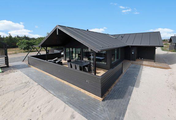 Luksuriøst feriehus i Blåvand med sauna, udespa og aktivitetsrum