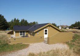 Ferienhaus mit Sauna und nah am Zentrum von Blåvand
