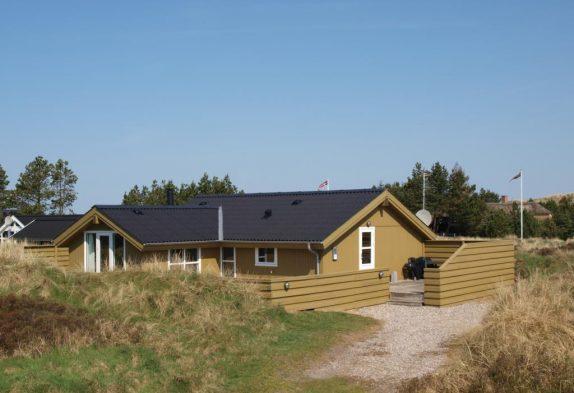 Hyggeligt feriehus med sauna tæt på Blåvand centrum