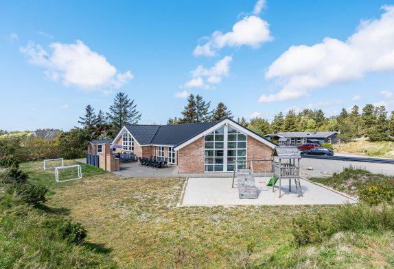 Aktivitätshaus mit Pool, Whirlpool, Sauna und Badetonne