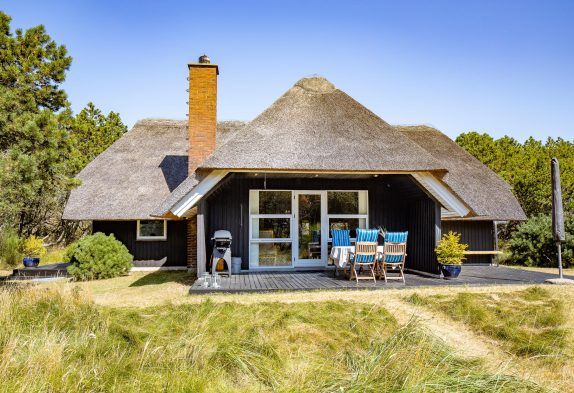 Schönes Reetdachhaus in ruhiger Lage mit Kamin