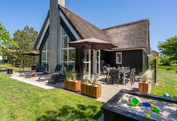 Gemütliches Ferienhaus für 8 Personen, Sauna, Whirlpool und Kicker