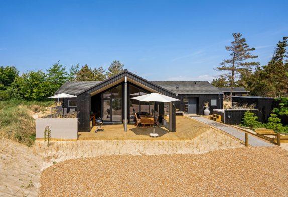 Luxusferienhaus mit Aktivitätsraum, Sauna und Außenwhirlpool