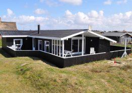 Dejligt feriehus ved havet til 6 personer