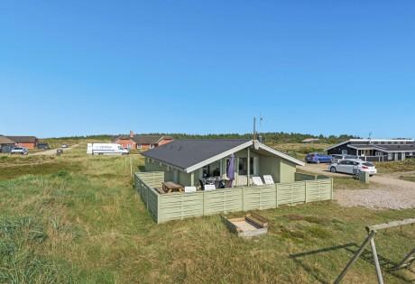 Hübsches Ferienhaus mit geschlossener Terrasse