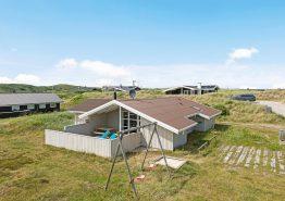 Dejligt sommerhus tæt på hav, strand og fjord (billede 1)