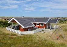 Et fredfyldt hus med lukket terrasse og hund tilladt